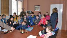 20 02 2018 16 18   Учениците од  Св Климент Охридски  во посета на локалната самоуправа