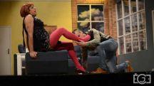 22 04 2018 19 08   Фото галерија  Стоечки аплаузи за Театар  Комедија  од охридската публика за претставата  Мојата жена се вика Борис