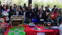 24 04 2018 10 47   Награди за учениците од ОЕМУЦ  Св Наум Охридски  на годинешното  Образовно рандеву 2018